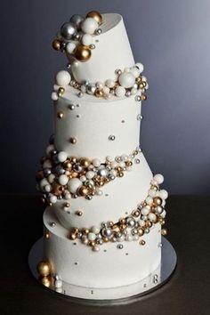 Modern Wedding Cakes Obsessed with this topsy-turvy cake! Via Cake . Amazing Wedding Cakes, Elegant Wedding Cakes, Wedding Cake Designs, Amazing Cakes, Geode Wedding Cakes, Rustic Wedding, Pretty Cakes, Beautiful Cakes, French Cake