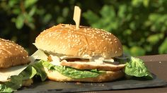Caesar's Salad Burger