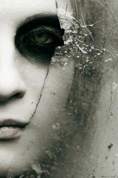 felixinclusis: eunoia-: Glass Stare by Black...