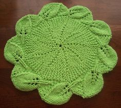 Leafy Border Round Cloth by Rhonda White