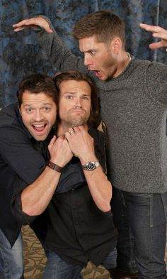 Supernatural Cast goofing off.
