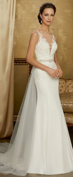 Delicate Tulle & Chiffon Scoop Neckline 2 in 1 Wedding Dress With Beaded Lace Appliques