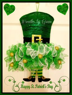 St Patricks Day Wreath; Leprechaun Wreath; Irish decor; Spring Wreath; Wreaths for Front Door; Door Hanger; Wall Decor; Handmade; Gift Ideas; St Patricks Day Decor; St Pattys Day; St Patricks Day decorations; St Patricks Day Ideas   #shamrock #leprechaun #irish #clover #stpats #stpattysday #stpatricksday #stpatricksdaydecor #luckoftheirish #stpatricksdaywreath #wreaths #happystpatricksday #giftideas #doorhanger #walldecor #etsy #homedecor #irishdecor #wreathsforfrontdoor