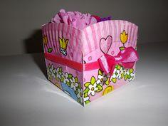 Paper basket / Cesto reciclado con plato de cartón