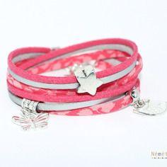 Bracelet liberty tissu fleurs glenjade saumon et suédine corail et argenté