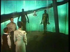 Titolo originale; Invaders from Mars Paese: Stati Uniti Anno : 1953 Durata: 78 min / 82 min (versione allungata distribuita in UK) Genere: fantascienza Regia...