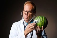 July 30, 1962 - Alton Brown an American celebrity chef is born in Los Angeles, California