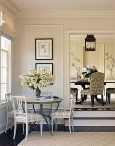 cozy corner of a living room, I've always wanted a large table in the living room, for games,puzzles, romantic dinner. Cozy Furniture, Living Room Furniture, Living Room Decor, Living Spaces, Dining Rooms, Garden Table And Chairs, A Table, Large Table, Dining Tables