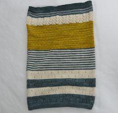 3 Color Cashmere Cowl pattern by Joji Locatelli Loom Knitting Patterns, Knitting Stitches, Knitting Yarn, Knitting Projects, Cowl Patterns, Knitting Tutorials, Knitting Machine, Free Knitting, Stitch Patterns
