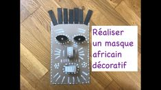 Tuto masque africain Lectures, Cover, African Masks, Nursery Rhymes, Preschool, African, Slipcovers