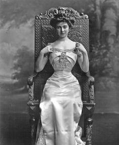 Constance Edwina, sister of Daisy von Pless