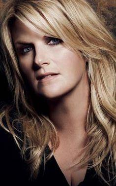 Trisha Yearwood... love this hair..