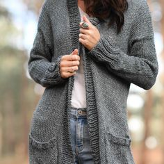 How To Crochet A Cowl – Mama In A Stitch Chunky Knitting Patterns, Easy Knitting, Crochet Blanket Patterns, Crochet Shawl, Knit Crochet, Knit Cardigan Pattern, Sweater Cardigan, Cable Cardigan, Kimono Pattern