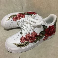 ***Embroidered flower is PROFESSIONALLY attached and permanent but NOT STITCHED to the shoe*** 100% authentic. Water proof. Free shipping to the...