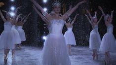 dance until you drop. Photography Winter, Ballet Photography, Alvin Ailey, Ballet Girls, Ballet Dancers, Modern Dance, Dance Tutorial, Dance Outfit, Ballet Dance Videos