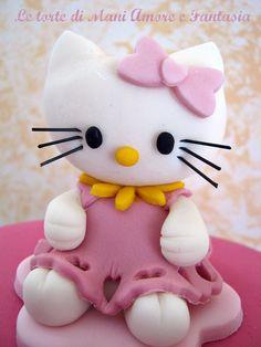 """Képtalálat a következőre: """"hello kitty torta"""" Hello Kitty Fondant, Hello Kitty Cake, Hello Kitty Birthday, Mini Tortillas, Polymer Clay Projects, Polymer Clay Creations, First Birthday Cakes, Birthday Cake Toppers, Fancy Cakes"""