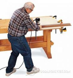 DIY Table Saw Featherboard - Table Saw Tips, Jigs and Fixtures | WoodArchivist.com
