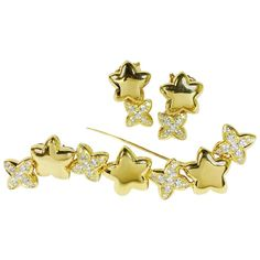 GABRIELLE'S AMAZING FANTASY CLOSET | Van Cleef & Arpels Stars Diamond Gold Earrings and Brooch