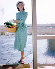 70729b9d3f180 Гламурные 40-е в цвете и высоком разрешении  samsebeskazal 1940s Fashion  Women