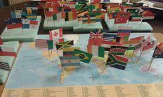 Cabrioles et Cacahuètes: Drapeaux du Monde / world flags Montessori, Culture, Toys, Painting, Education, Art, World Flags, Gaming, Teeth