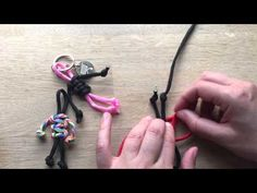 How to make Paracord People - YouTube