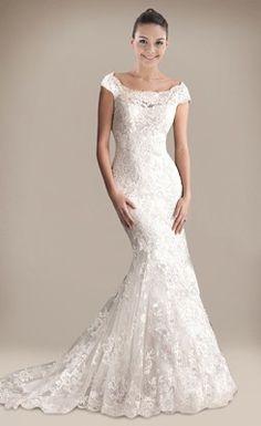Retro Trumpet/Mermaid Ruched Appliqued Lace Wedding Dress