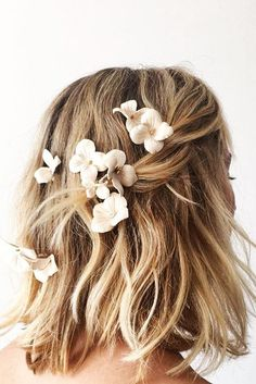 Stunning Wedding Hairstyles ❤ See more: http://www.weddingforward.com/wedding-hairstyles-every-hair-length/ #weddingforward #bride #bridal #wedding