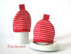 Eierwärmer im Set mit rosa und roten Streifen von Avivar auf DaWanda.com