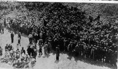 יהודים שהובאו להשמדה בפורט השביעי בקובנה. 8014