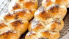 Fletteloff med Kesam Bagel, Scones, Tin, Food And Drink, Baking, Breads, Cottage, Kitchens, Bread Rolls