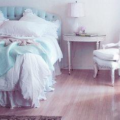 Tiffany's Bedroom | valentine's inspiration: breakfast at tiffany's}