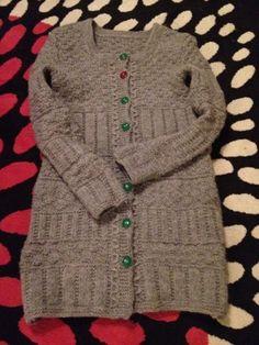 Paremman puutteeseen: Villatakki överi napeilla Knitting, Sweaters, Fashion, Moda, Tricot, Fashion Styles, Breien, Stricken, Sweater