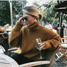Breathtaking Winter Outfits Ideas You Would Like To Try This Winter . Stunning Winter Outfits Ideas you'd like to try this winter – Best Trend Fashion – Knittin Source by ideas invierno Looks Style, Looks Cool, My Style, Curvy Style, Napa Style, Petite Style, Daily Style, Trendy Style, Hippie Style