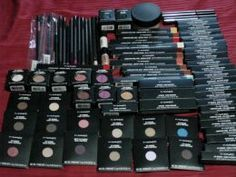 Places To Find Discounted MAC And Other High End Cosmetics -mac makeup only now. Love Makeup, Beauty Makeup, Makeup Looks, Hair Makeup, Drugstore Beauty, Makeup Tips, Eye Makeup Brushes, Makeup Brush Set, Mac Brushes