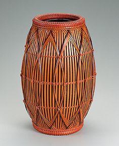 "Flower basket. ""Beautiful bud""    HAYAKAWA Shokosai"