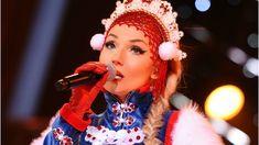 """Cleo zaśpiewała hity """"Brać"""" i """"My Słowianie"""" podczas Sylwestra Hello 2017 w Warszawie! - YouTube"""
