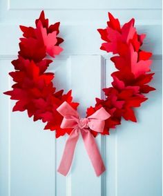 Canada Day wreath - Made from red paper maple leafs - Paper Holiday Decorations by Sarah Hartill for Canadian House & Home Canada Day 150, Happy Canada Day, Canada Day Crafts, Fall Crafts, Diy Crafts, Leaf Crafts, Canada Day Party, Canada Holiday, Crafts For Seniors
