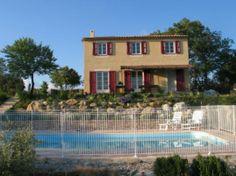 Met uitzicht over het privé zwembad. Vakantiehuizen Provence-Alpen-Côte d Azur Var La Verdière huis code:8388. #Frankrijk #Zuid frankrijk #France # Provance #Cote d'azur #Vakantie #Vakantiehuis