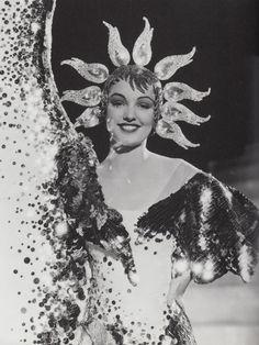 Headdress by Adrian, The Great Ziegfeld, 1936 Cabaret, Burlesque Vintage, Vintage Circus, Vintage Glamour, Vintage Beauty, Vintage Fashion, Vintage Hollywood, Hollywood Glamour, Classic Hollywood