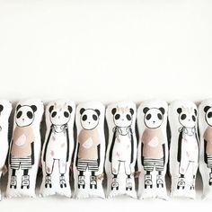Doudou coussin panda Naked Lunge   #kids #deco