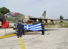Corsair Retirement Ceremony 3 Airmen coerced into a photo call! Hellenic Air Force, Army & Navy, Military Aircraft, Armed Forces, Jets, Airplanes, Ww2, Retirement, Warriors