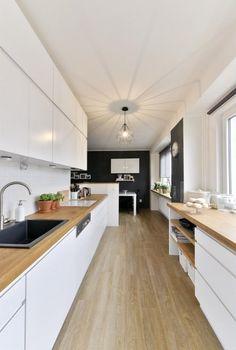 TOTO s ním dokázala za 2 mesiace! Kitchen Backsplash, Kitchen Cabinets, Kitchen Dining, Kitchen Decor, Kitchen Ideas, Scandinavian Interior, Beautiful Kitchens, Home And Living, Decoration