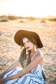 QUIGLEY X FLYNN SKYE – Officially Quigley, photoshoot, gladys tamez millinery, vanessa mooney tassel earrings, hat, maxi, braids, blogger, ombre hair, style, desert