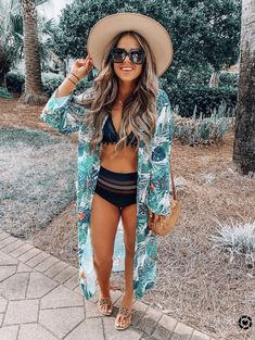 So ready for summer with this cute bikini and kimono. BEACH OUTFİTS, So ready for summer with this cute bikini and kimono. Cancun Outfits, Mexico Vacation Outfits, Outfits For Mexico, Hawaii Outfits, Honeymoon Outfits, Cruise Outfits, Tropical Vacation Outfits, Cute Spring Outfits, Trendy Outfits