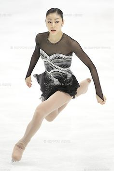 Yu-na Kim (KOR), APRIL 30, 2011 - The women's free skating of ISU World Figure Skating Championships