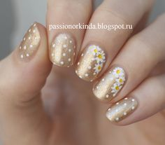 Dots and daisies nail art by Passionorkinda #nailart #flowers
