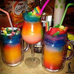 ▃▃▃▃▃▃▃▃▃▃▃▃▃▃▃▃▃▃▃▃   CANDY CRUSH Each layer consist of: 1 oz. (30ml) Vodka Kool-Aid Mix ( Kool-Aid, Sugar, Water)  Ice  Blend *Use differe...