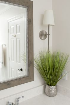 Textured Tile Jack and Jill Bath #whiteandbeige #wallsconce #mirror #wood #textures #silverhardware #greenery #tile #rug #decor #towels #towelrack #toilet  #shower #wallpaper #textured #walkinshower #interiordesigner #saralynnbrennan #interiors #saralynnbrennaninteriors #interiordesign #waxhaw #waxhawinteriordesign #charlotte #charlottedesign #charlotteinteriordesign #currentdesignsituation Transitional Decor, Transitional Bathroom, Gold Home Decor, Jack And Jill, Tiles Texture, Interior Decorating, Interior Design, Home Decor Inspiration, Forest House