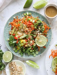 Thai avocado salad is loaded with mango, red pepper, carrots, green onions and drizzled with a peanut butter vinaigrette. It's an amazing side salad or a fabulous dinner salad - add on chickpeas or shrimp or chicken if you wish! Good Healthy Recipes, Easy Dinner Recipes, Vegetarian Recipes, Paleo, Dinner Salads, Side Salad, Soup And Salad, Asian Recipes, Healthy Eating