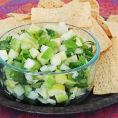 a refreshing and fun twist on salsa- perfect to eat with chips or top on salad, chicken or fish. Healthy Food Blogs, Good Healthy Recipes, Unique Recipes, Healthy Options, Healthy Lifestyle, Ethnic Recipes, Good Food, Yummy Food, Tasty